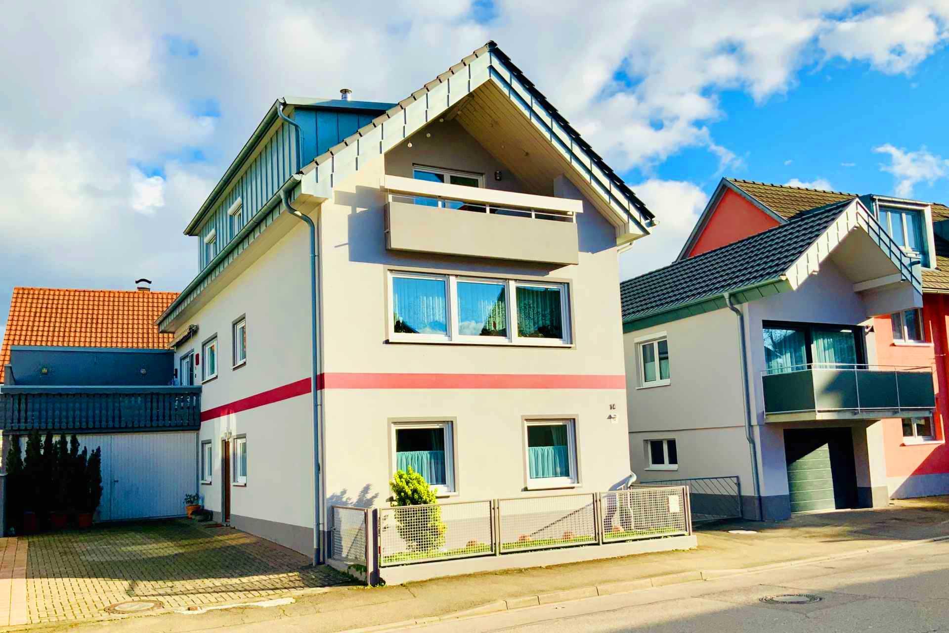 Gästehaus Blick aufs Alte Rathaus & Alte Scheune | K&K Ferienwohnungen am Europa-Park Rust (Urlaubsregion Europa-Park)