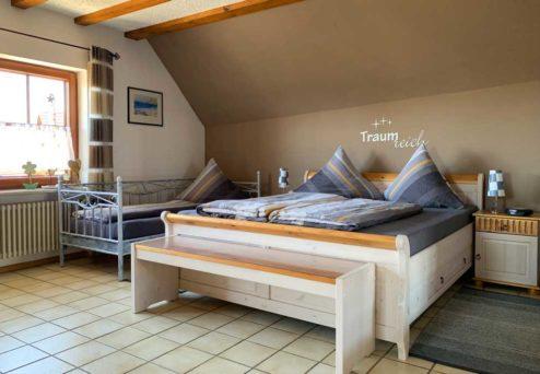 Gästehaus Abendsonne: Fünfbettzimmer mit Doppel- und Einzelbett,…
